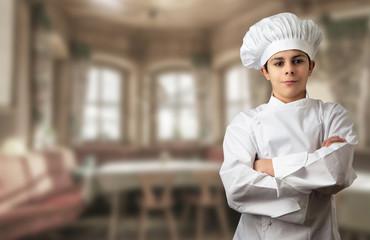 giovane chef al ristorante