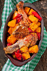 Baked pumpkin with chicken and paprika