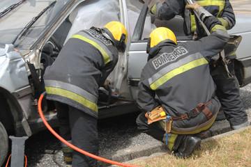 Acidente/ bombeiros