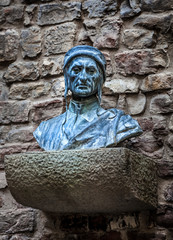 Dante Alighieri bust