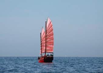 jonque,joncque,bateau,voile,voilier