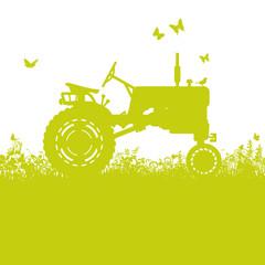 Traktor auf der Wiese