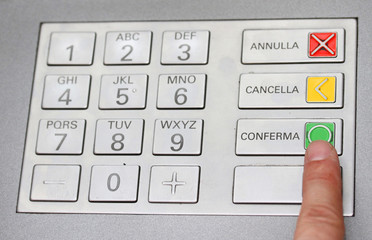 index that confirms the secret code in the keyboard of an italia
