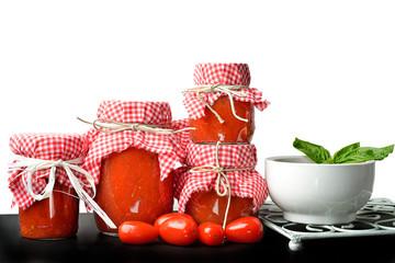 salsa di pomodoro e conserve