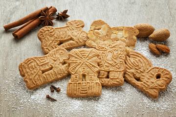 Speculoos cookies and ingredients