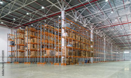 A big storage room - 70526131