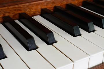 keys of wooden piano