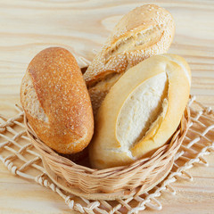 Brazilian french bread mini baguette, integral, with sesame in w