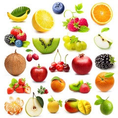 Different tipe of fruits isolated