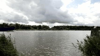 Nord-Ostsee-Kanal, Frachter