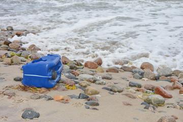 Umweltverschmutzung am Strand