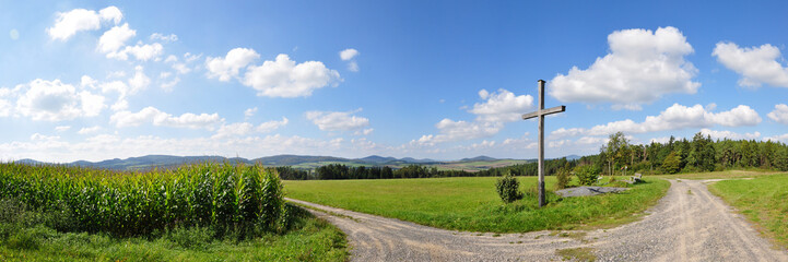 Thüringer Rhön mit Gipfelkreuz