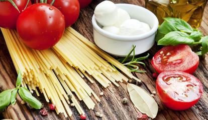 Italian Cooking Ingredients, SPaghetti, Tomatoes, Mozzarella and
