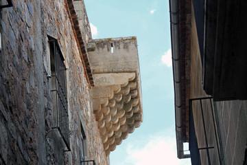 Balcón en torre de palacio, Cáceres, España