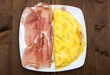 Omelet with ham from
