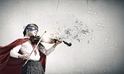 Superkid  playing violin