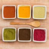 plantes colorantes en poudre (garance, curcuma, henné neutre, h