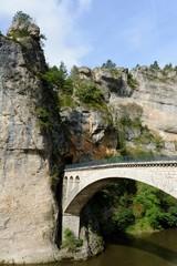 pont sur le Tarn à Saint-Chély-du-Tarn