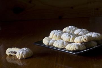 Kahk - Middle Eastern Cookies