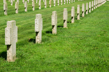 Croci al cimitero militare