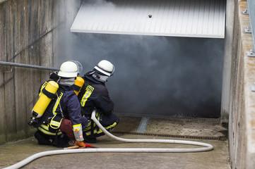 Feuerwehr - Garagenbrand