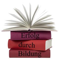 Bücher - Erfolg durch Bildung