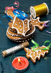 Christmas decorations and tasty cookies