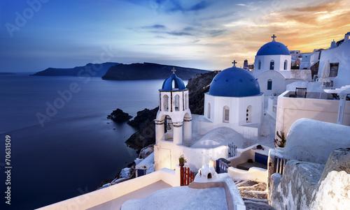 Zdjęcia na płótnie, fototapety na wymiar, obrazy na ścianę : île de Santorin Cyclades Grèce Village de Oia