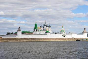 Макарьевский монастырь в Нижегородской области