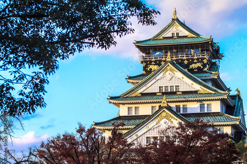 Foto op Aluminium Beijing Osaka Castle in Osaka, Japan during a colorful pastel summer sun