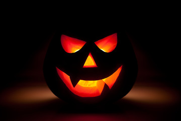 Halloween pumpkin glow from dark