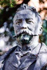 Statua di bronzo di Felice Cavallotti, monumento, Pisa