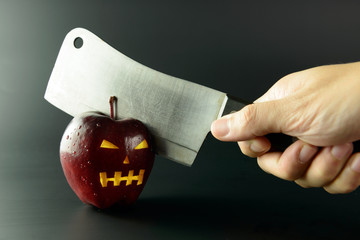 Cutting evil apple