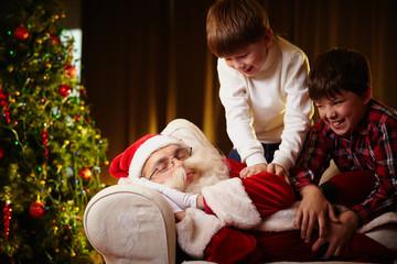 Waking Santa