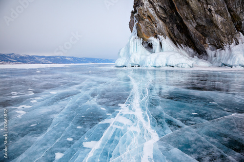 Leinwanddruck Bild Rocks on winter Baikal lake