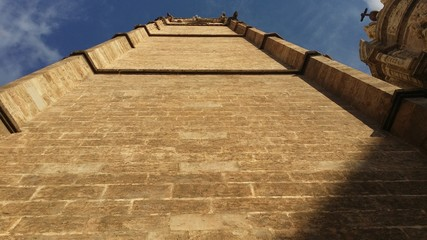 Contrapicado torre de la catedral de valencia, el miguelete