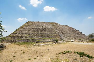 the great pyramid to the Maya Sun God, Kinich Kak