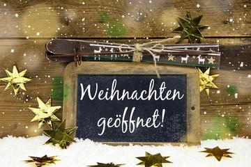 Werbeschild: Weihnachten geöffnet; Tourismus Konzept