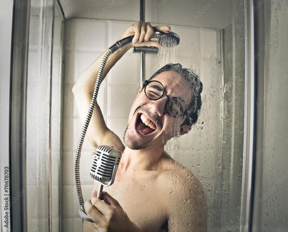 Fototapeta Na Szkło śpiewa Pod Prysznicem Wally24pl