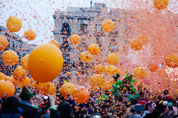 Carnival - The battles of Taronjada at Barcelona