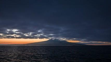 Dawn with Pico volcano in front | Magic Lantern RAW video