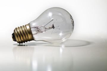 Glühbirne, Lampe - alt und ausgebrannt