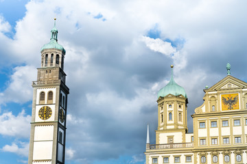 Augsburger Rathaus mit Perlachturm
