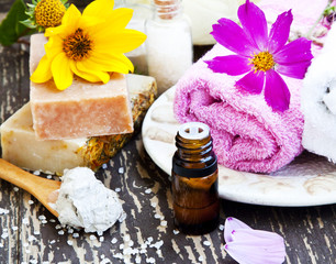 Spa.Natural soap,Clay Mask,Essence Oil and Towel