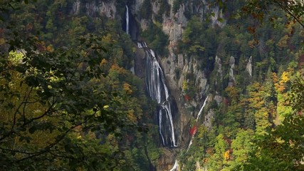 天人峡滝見台から望む羽衣の滝全景