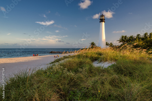 Fotobehang Natuur Park Beach, Cape Florida Lighthouse, Florida, USA