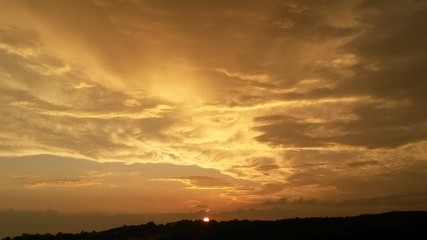 Céu ao por do sol