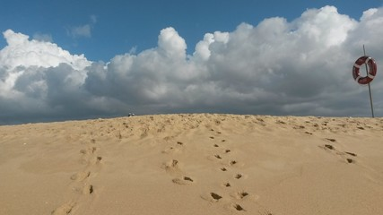 Nuvens na praia