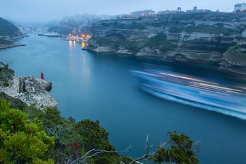 brume marine sur Bonifacio