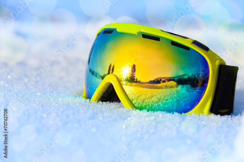 Fotobehang Wintersporten Colorful ski mask on white icy snow
